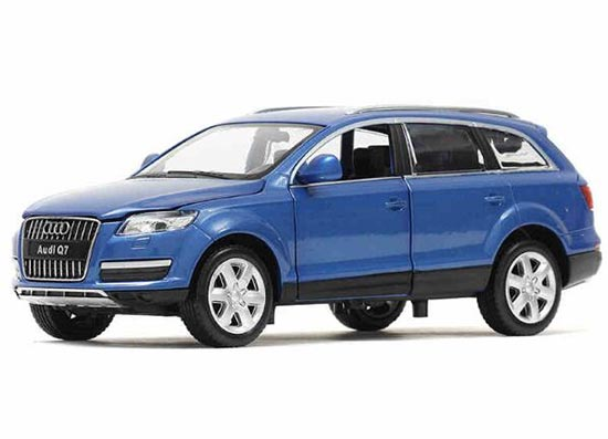 Blue / White Kids 1:24 Scale Diecast Audi Q7 Toy
