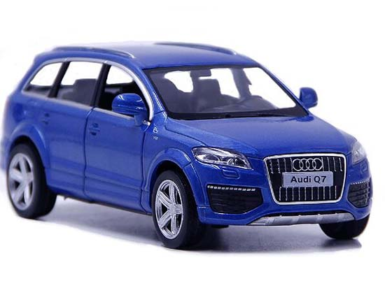 White / Black / Red / Blue 1:36 Scale Kids Diecast Audi Q7 Toy