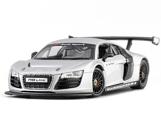 Silver / White 1:24 Scale Diecast Audi R8 LMS Model