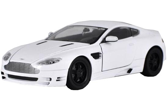 Red / White SPEEDY 1:24 Scale Diecast Aston Martin 2011 Model