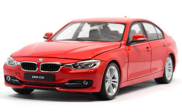 White / Red 1:24 Scale Welly Diecast BMW 335i Model