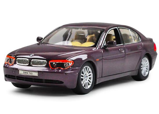 1:24 Scale Welly Brand Diecast BMW 745i Model