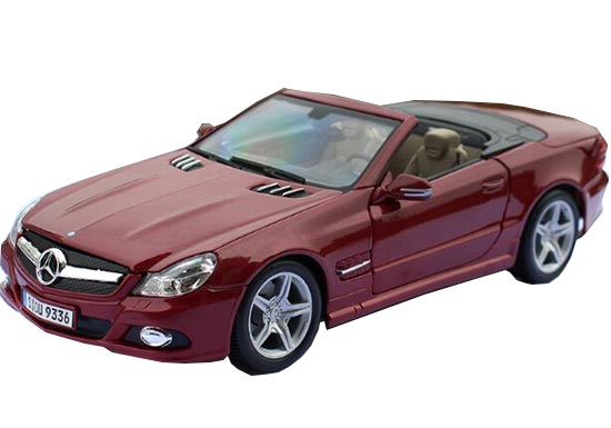 1:18 Scale Red Diecast Mercedes-Benz SL550 Convertible Car Model