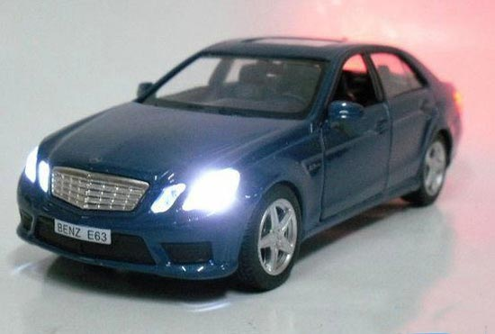 1:36 Scale Blue / Silver / Red / Black MERCEDES-Benz E63 Toy [BZ1T018] : EZBUSTOYS.COM