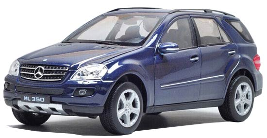 Blue 1:24 Scale Welly Diecast MERCEDES-BENZ ML 350 Model