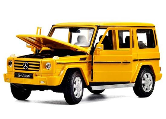 Black / White / Yellow 1:24 Welly Mercedes-Benz G-Class Model