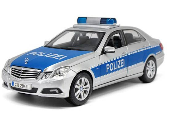 Silver 1:18 Scale Maisto Mercedes-Benz E-CLASS Police Model