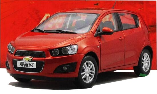 Black / Red 1:18 Scale Diecast Chevrolet Aveo Model