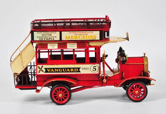 1:18 Scale Red Tinplate MercedesBenz Double Decker Bus Model