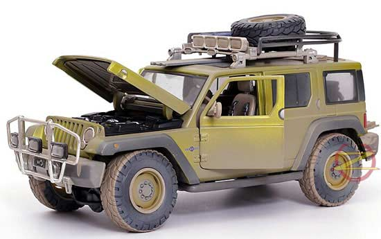 Army Green 1:18 Scale Maisto Diecast Jeep Rescue Concept