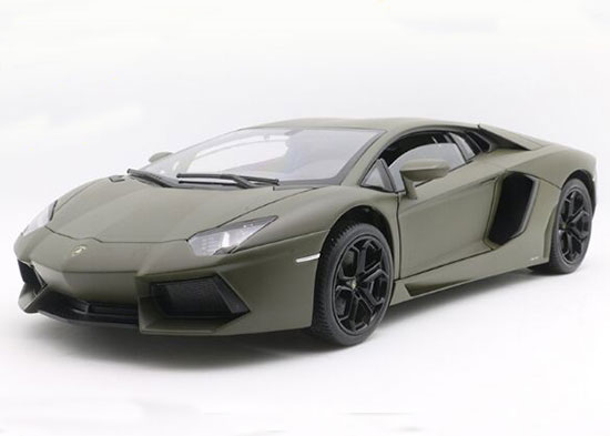 Welly 1:18 Scale Die-Cast Lamborghini Aventador LP700-4 Model