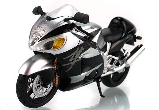 1:12 Scale Silver / Red / Blue Suzuki GSX 1300R Motor Model