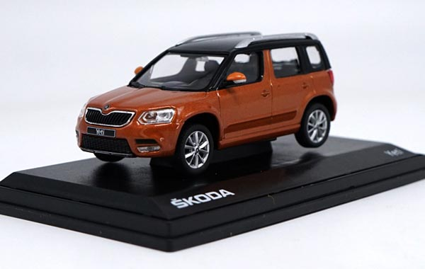 Blue / Orange 1:43 Scale Diecast Skoda Yeti Model