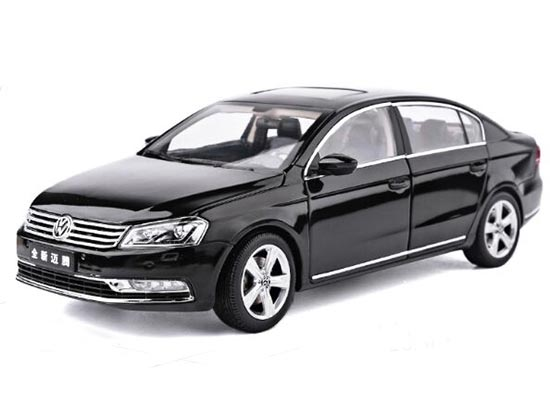 White /Black /Gray /Dark Blue 1:18 Diecast VW New Magotan Model