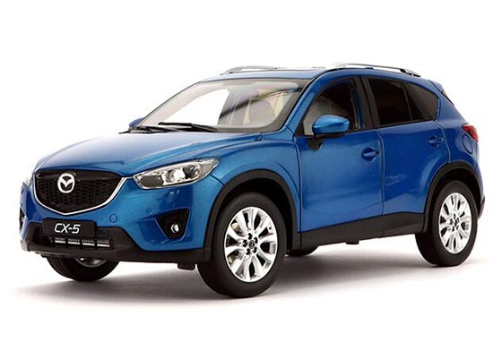 Red / Blue 1:18 Scale Die-Cast Mazda CX-5 Model
