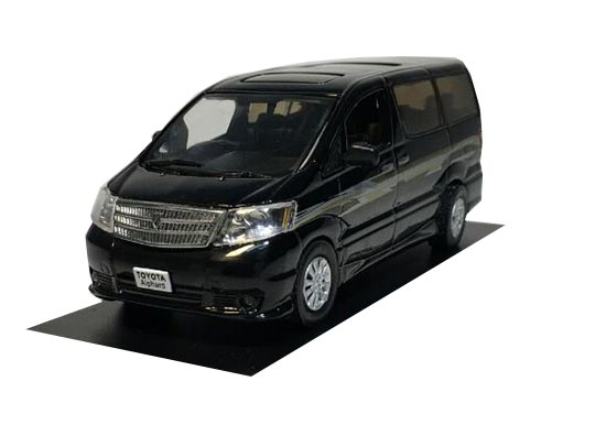 White 1:43 Scale J-collection Die-Cast Toyota Alphard Model