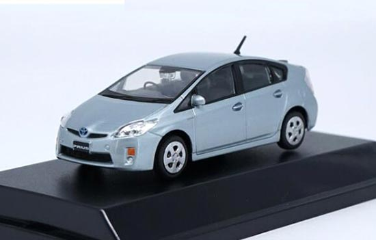Silver / White 1:43 Scale Die-Cast Toyota Prius Model