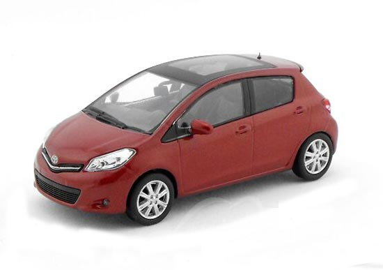 Red 1:43 Scale Kyosho Die-Cast Toyota YARIS Model