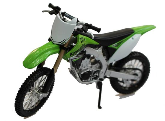 Green 1:12 Scale MaiSto Die-cast Kawasaki KX 450F Model