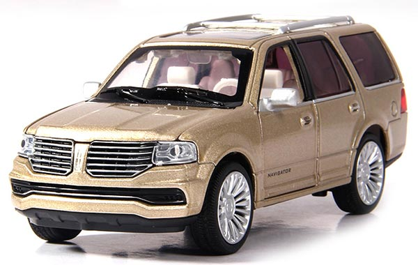 Black /Red /Golden 1:36 Kids Diecast 2015 Lincoln Navigator Toy