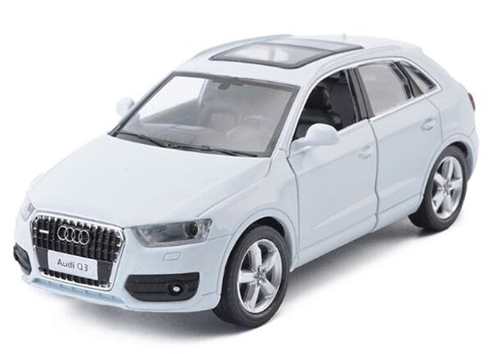 White / Orange / Brown 1:32 Scale Kids Diecast Audi Q3 Toy