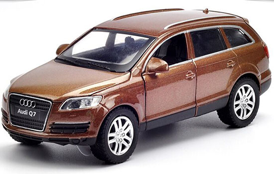 Kids 1:32 Scale Black / White / Brown Diecast Audi Q7 Toy
