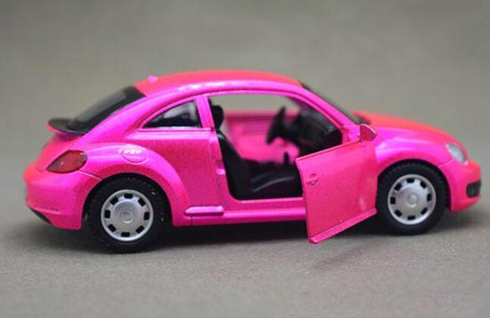 Kids 1:43 Scale Red / Green Diecast VW Beetle Toy