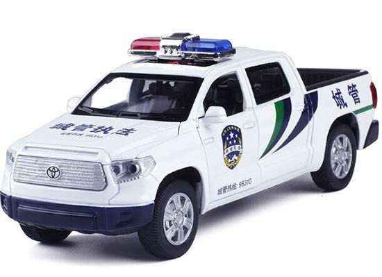 White Kids 1:32 Pull-Back Function Die-Cast Toyota Tundra Pickup
