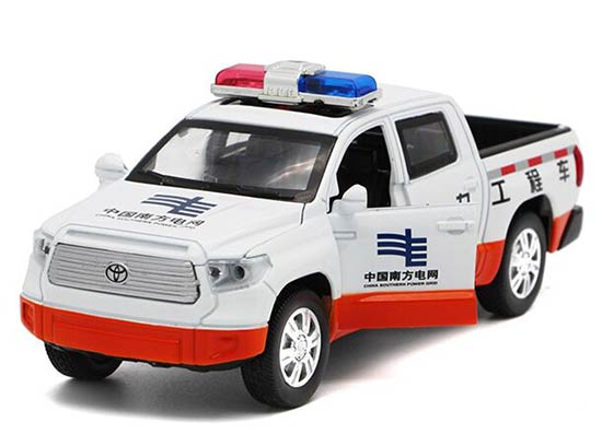 Kids White-Orange 1:32 Scale Die-Cast Toyota Tundra Pickup Toy