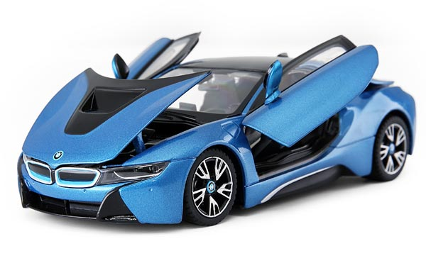 Black / Red / Blue / White 1:24 Rastar Diecast BMW I8 Model
