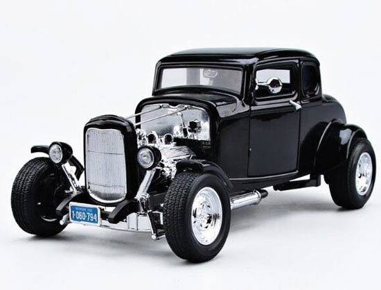 Black 1:18 MotorMax Diecast 1932 Ford Hot Rod Model