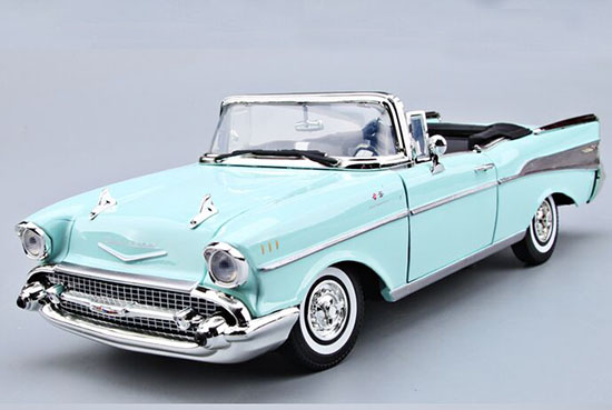 Blue 1:18 MotorMax Diecast 1957 Chevrolet Bel Air Model