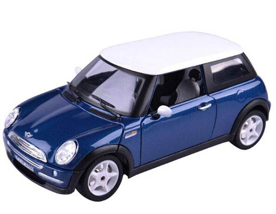 Red / Blue 1:24 Scale Bburago Diecast Mini Cooper Model