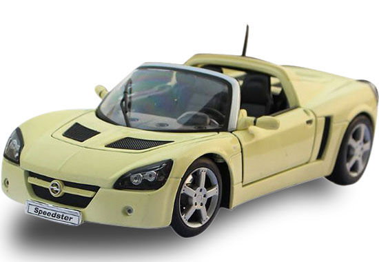 Blue / Yellow 1:18 Welly Diecast 2001 Opel Speedster Model