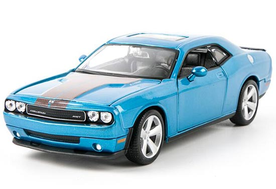 Blue / Red 1:24 Scale Diecast 2008 Dodge Challenger SRT Model