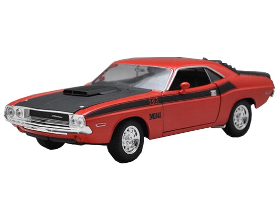 1:24 Red / Blue Welly Diecast 1970 Dodge Challenger T/A Model