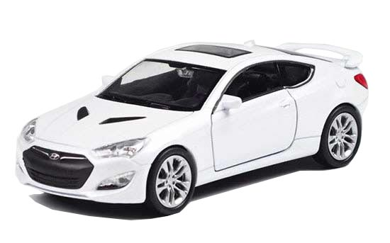 1:36 Scale Welly White Diecast Hyundai Genesis Coupe Toy