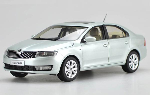 1:18 Scale Cyan / White / Gray Diecast Skoda Rapid Model