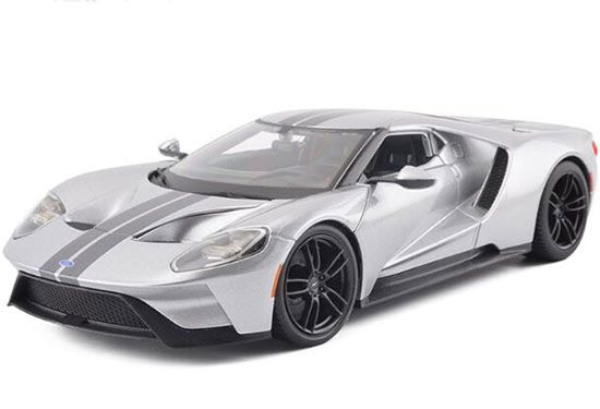 1:18 Scale Silver / Blue Maisto 2017 Diecast Ford GT Model