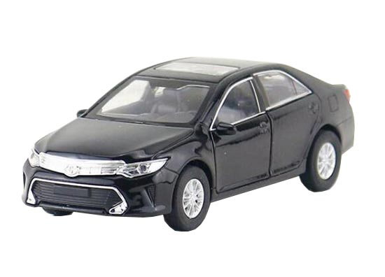 Kids 1:36 Scale Black / White Welly Diecast Toyota Camry Toy