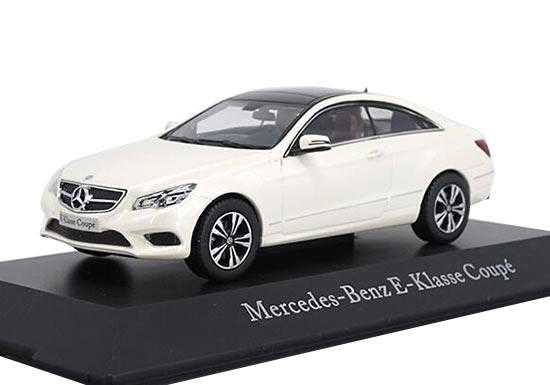 1:43 Scale White Diecast Mercedes Benz E-Class Coupe Model