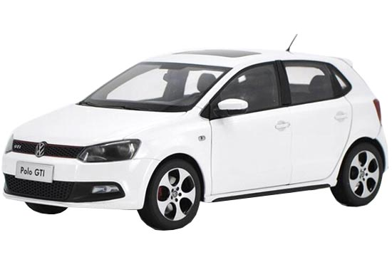 1:18 Scale White Diecast VW Polo GTI Model