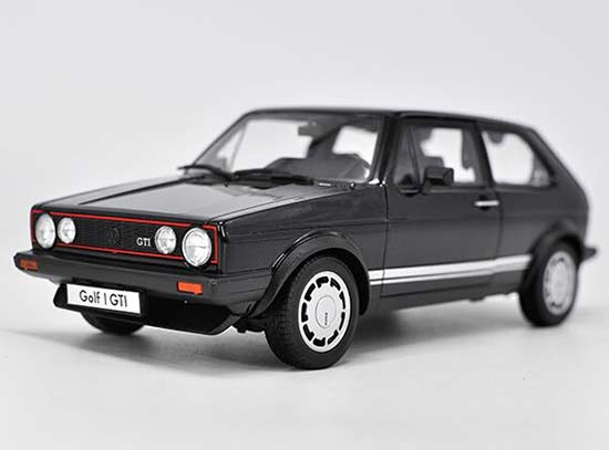 Red / White / Black / Silver 1:18 Welly Diecast VW Golf Model