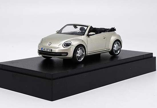 Black / Golden 1:43 Scale Diecast VW Beetle Cabriolet Model