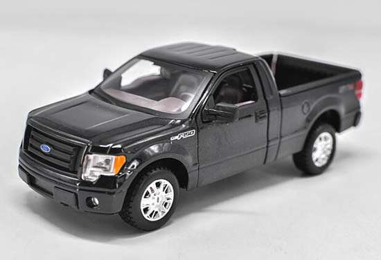 Black 1:24 Maisto Diecast Ford F-150 Pickup STX Truck Model