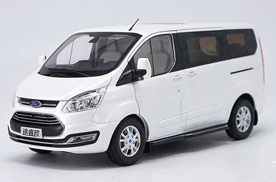 1:18 Scale White / Brown Diecast Ford Tourneo MPV Model