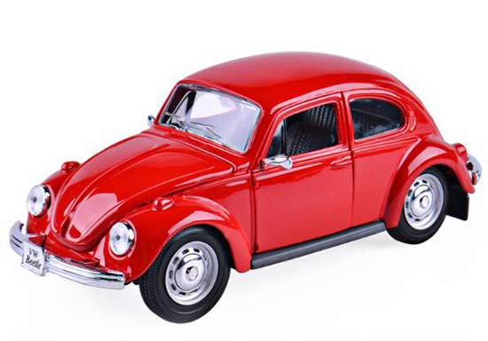 1:24 Scale Maisto Red Diecast VW New Beetle Model
