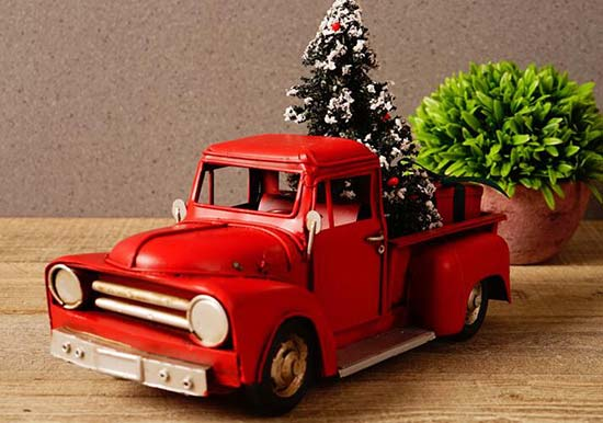 Christmas Gift Red /Blue 1:18 Scale Tinplate Pickup Truck Model
