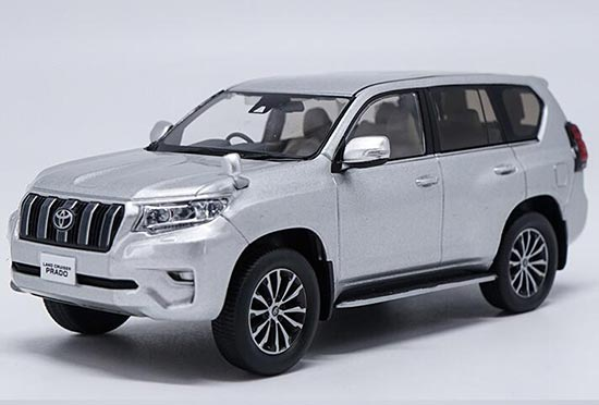 1:30 Scale Diecast Toyota Land Cruiser Prado Model