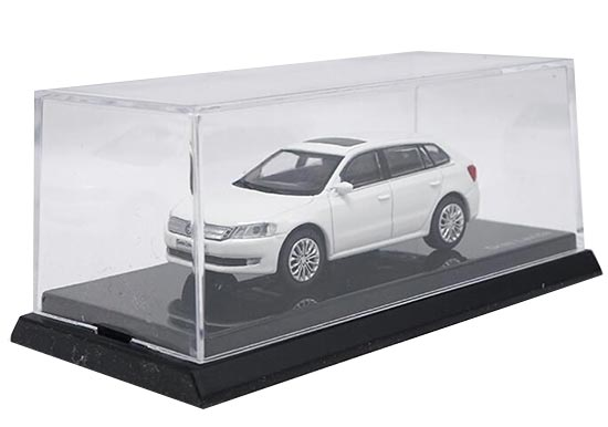 White 1:64 Scale Diecast VW Gran Lavida Model